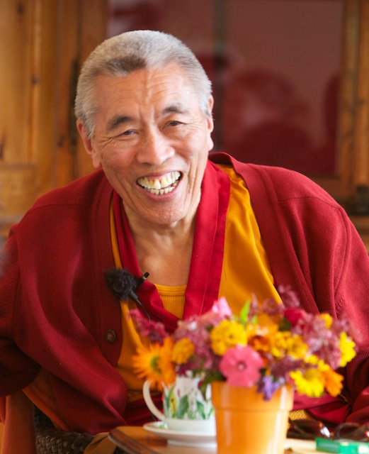 Lama Lodrö Rinpoche